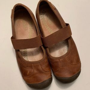 Keen brown leather flats Mary Jane style shoe